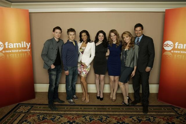EnterTeenmentNews com Switched at Birth Feature